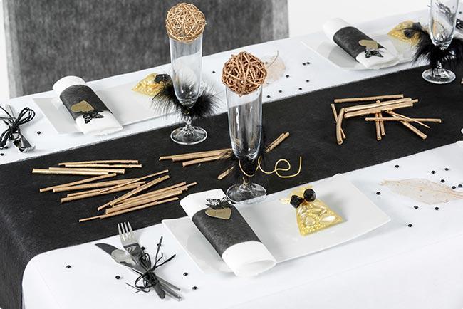 tischl ufer deko vlies edle tafel 0 3 x 10 m g nstig kaufen bei. Black Bedroom Furniture Sets. Home Design Ideas