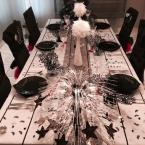 Eine schöne Tischdeko in schwarz/weiß
